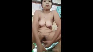 Photo of คลิปหลุดสาวพม่าช่วยตัวเองในบ้านน่ารัหนมใหญ่เอาอะไรยัดไม่รู้